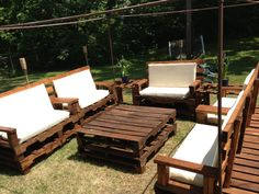 Garden Pallet Table and Chairs. Check out more designs at www.yourpallettable.com