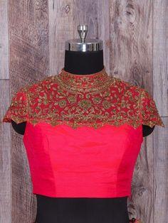 Saree Blouse Patterns, Lehenga Blouse, Saree Blouse Designs, Blouse Styles, Blouse Designs High Neck, Collar Designs, Estilo Gamine, Gamine Style, Soft Gamine