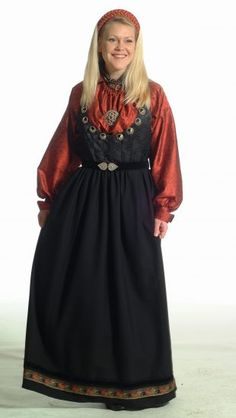 Almankås stakk og liv Folk Clothing, Norway, All Things, Bohemian, Costumes, Womens Fashion, Clothes, Embroidery, Europe