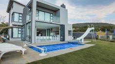 This Marvelous Mansion Consists of 6 Bedrooms all En-Suite!  HomesInJohannesburg #PropertyForSale #JHB #Gauteng #ResidentialEstates