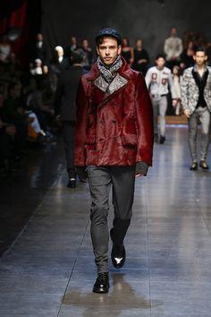 Dolce & Gabbana Fall Winter 2015 2016