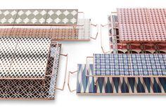 Mix & Match es unapreciosa y decorativa líneade bandejas, diseñada por la ceramistaFlavia Del Pra. Eleva los azulejosal arte de la mesa.