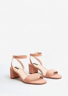 9a0d2b08e06ae Sandales à bride de cheville - f pouSandales plates Femme   MANGO France Mango  Chaussures,