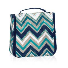 Hanging Traveler Case in Dotty Chevron - 8161 Thirty One Fall, Thirty One Gifts, Bible Bag, Cosmetics And Toiletries, 31 Bags, Erin Condren Life Planner, Best Bags, Toiletry Bag, Accessories Store