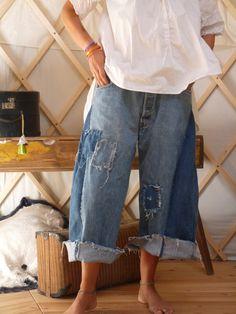 Sur commande uniquement pantalon large : Pantalons, jeans, shorts par zulma-et-alida