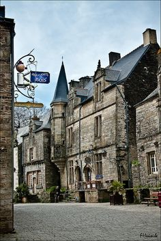 A beautiful medieval town, in the Morbihan department of Brittany -  Rochefort-en-Terre