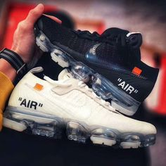 Virgil Abloh The Ten Off-White x Nike Air VaporMax Black & White for 2018 Running Shoes Nike, Nike Free Shoes, Off White Shoes, Virgil Abloh, Nike Air Vapormax, New York Fashion, Milan Fashion Weeks, Nike Shoes Outlet, Sneakers Nike