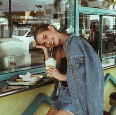 foxeia:Emma Delury