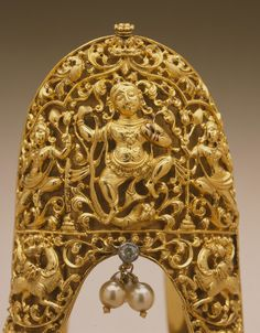 Armlet with Krishna Dancing Triumphantly on the Serpent King, Kaliya | LACMA Collections