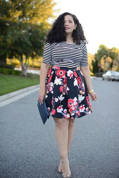 The secret to mixing prints? Make sure there's one color that's consistent throughout your look. Via Girl With Curves. For more body shape and style tips, go to Styletruist.com!