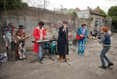 Filming a music video for real in Sing Street (Lionsgate) Sing Street Movie, Sing Street 2016, Irish Movies, Running Jokes, Estilo Indie, In And Out Movie, Bad Memes, Press Tour, Film Inspiration