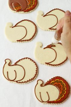 Pretty turkey cookies don't have to be hard to make. These are simple sugar cookies decorated with royal icing and are made with a Santa face cookie cutter. Fall Decorated Cookies, Fall Cookies, Cut Out Cookies, Cute Cookies, Holiday Cookies, Valentine Cookies, Holiday Treats, Thanksgiving Cupcakes, Thanksgiving Recipes