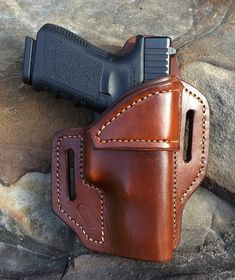 Right / Brown / OWB Glock 19 holster by JacksonLeatherWork on Etsy