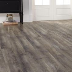 Trafficmaster Lakeshore Pecan 7 Mm Thick X 7 2 3 In Wide X 50 5 8 In Length Laminate Flooring