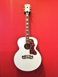 Gibson J-200 - White vynil
