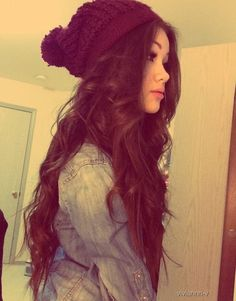 her hair is gorgeous. i wish mine looked like that, and i could pull off a beanie. #adorable