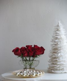 A Christmas cottage by the sea . If not a Christmas cottage by the sea, then a place to dream of it will do. Christmas 2015, Christmas Wishes, Christmas Ideas, Xmas, Christmas Table Decorations, Tis The Season, Red Roses, Holiday Ideas, Shabby