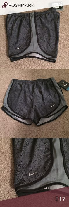 Nike Tempo Dri-fit running shorts. PRICE IS FIRMBRAND NEW WITH TAGS. Nike Tempo running shorts. Dri-fit. Patterned. Swoosh logo. Drawstring elastic waistband. Lined. Contrasting trim.                                                                             TRADESPP Nike Shorts