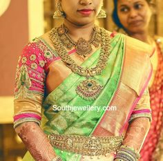 Bride in Antique Gold Jewellery photo
