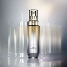 Shop new Firming Serum Supreme from Clé de Peau Beauté that visibly firms, lifts, and tightens skin from every angle. Skin Tightening, Skin Firming, Beauty Photography, Product Photography, Cosmetic Photography, Massage Techniques, Cosmetic Packaging, Even Skin Tone, Advertising Photography