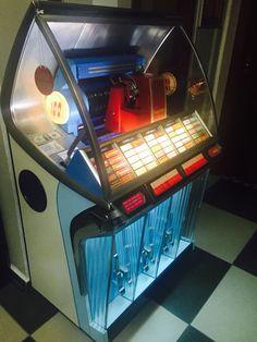 Seeburg jukebox model hf100r
