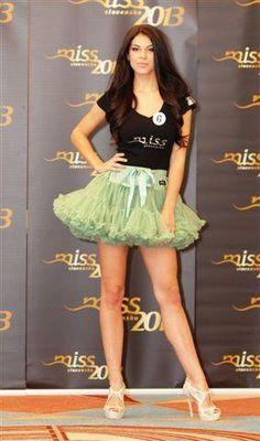 MISS Slovakia 2013 wearing DOLLY skirt princess Ariela. Great!! Ariel, Pretty Dresses, Girly Things, Cheer Skirts, Skater Skirt, Feminine, Princess, How To Wear, Fashion