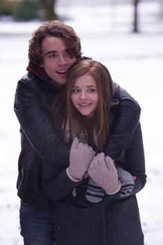 Still of Chloë Grace Moretz and Jamie Blackley in If I Stay (2014)