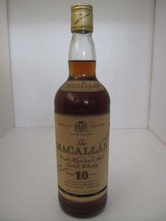 Macallan 10y full proof (Giovinetti). Bottled somewhere in the sixties #itaste #ilike #sits12 Well, finally an occasion to see for ourselves whether indeed the old Macalan is so much beter than the current one. A deep brown color. A strongly sherried nose, professing the advent of a great whisky. On the palate, punchy, and unique. Full (is this ten years old?). Chocolate wax. Refined winey notes. Short finish. Indeed, Glendronach does come close to this style. A meager comfort...