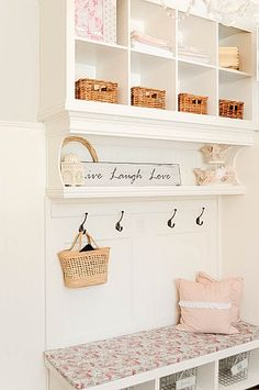 How to take two ikea bookshelves and turn them into a mudroom wall unit. Painting Oak Cabinets, Diy Casa, Ikea Shelves, Wall Shelves, Thin Shelves, Diy Shelving, Ideas Para Organizar, Entryway Decor, Foyer