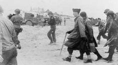 Arrivée du général Leclerc et d la 2è DB sur les plages de Normandie Juin 1944.