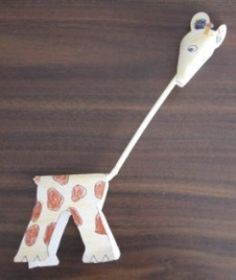 A selection of delightful animal crafts for kids ranging from those suitable for preschoolers to more complicated crafts for older kids. Choose from creatures of the air (birds), land animals and water animals.  These crafts have been sorted into...