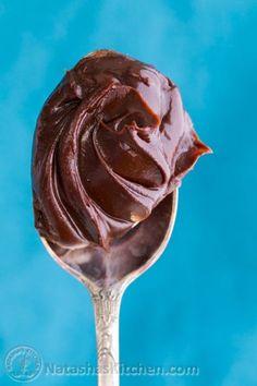 Perfect Chocolate Ganache + how to glaze a cake!
