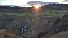 Summer Hike Through Reykjadalur Valley Iceland [OC] [5312x 2988]