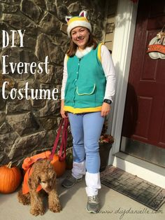 How to make an easy Everest Paw Patrol costume. This adult Paw Patrol costume could easily be adjusted to make a children's costume too! Skye Paw Patrol Costume, Paw Patrol Halloween Costume, Skye Costume, Fairy Halloween Costumes, Diy Costumes, Costume Ideas, Adult Costumes, Paw Patrol Kostüm, Ryder Paw Patrol
