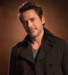 "Robert Downey Jr. - Maximum Movie Mode, ""Sherlock Holmes: A Game of Shadows"" Blu-Ray"