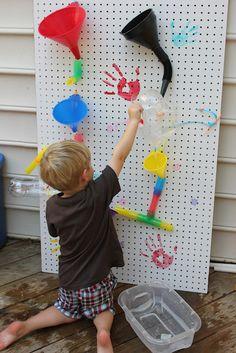 Momma's Fun World: Water Wall fun