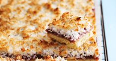 COCONUT RASPBERRY SLICE INGREDIENTS 1½ CUPS (225G) SELF-RAISING (SELF-RISING) FLOUR ½ CUP (40G) DESICCATED COCONUT, ½ CUP (110G) CA... Slimming World Coronation Chicken, Banana Upside Down Cake, Sweet Recipes, Cake Recipes, Self Rising Flour, Shredded Coconut, Unsalted Butter, Raising, Banana Bread