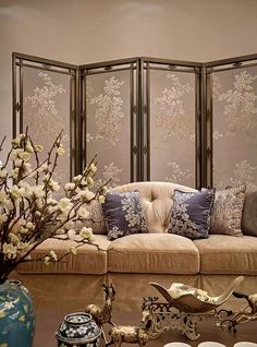 Oriental Chinese Interior Design Asian Inspired Living Room Home Decor http://www.interactchina.com/