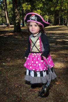Girls Prissy Pirate Dress costume $52