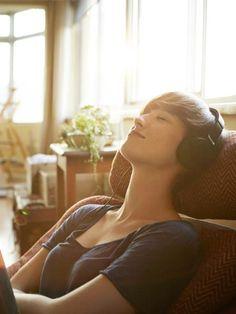 Endlich: Diese Klänge können uns von Stress befreien! Forscher haben nun die beruhigendste Melodie der Welt entdeckt. So klingt und hilft sie uns:  #palmolivestimmungsmacher