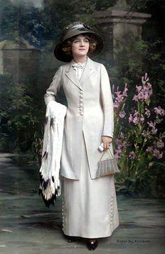 Lily Elsie, Runaway Bride, Vintage Outfits, Vintage Fashion, 20th Century Fashion, Gibson Girl, Black And White Portraits, Edwardian Era, Vintage Beauty