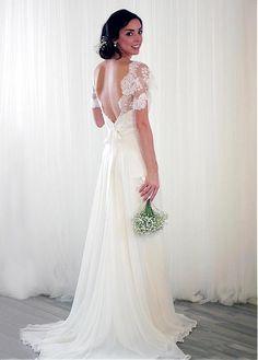 Fantastic Tulle & Chiffon V-neck Neckline A-line Wedding Dresses With Lace Appliques