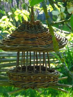 mangeoire pagode osier oiseau