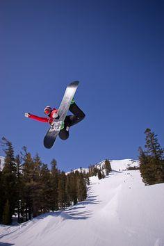 Snowboard Mammoth Mountain - Watch video here: http://dailysnowboardvideos.com/2012/04/23/mammoth-mountain-boarding/