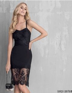 Vestido Dress Outfits, Perfume, Formal Dresses, How To Make, Clothes, Black, Style, Fashion, Shoes