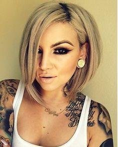 This needs bangs to boost the crown area. Sexy Tattoos, Girl Tattoos, Long Asymmetrical Bob, Medium Hair Styles, Short Hair Styles, Bombshell Hair, Angled Bobs, Gorgeous Hair, Beautiful