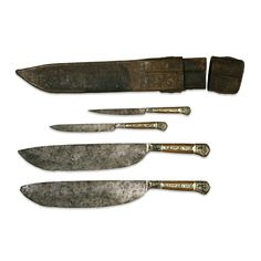Knives and sheath. Early 15th C. France.