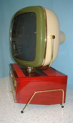 My parents had one like this! Was so cool, how it swiveled.