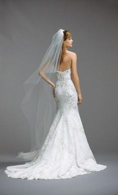 Watters Olina 5014: buy this dress for a fraction of the salon price on PreOwnedWeddingDresses.com