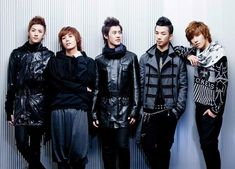 MBLAQ Contract Negotiations To Resume After Group's Curtain Call Concert This Weekend http://www.kpopstarz.com/articles/142237/20141126/mblaq-contract-negotiations-to-resume-after-groups-curtain-call-concert-this-weekend.htm